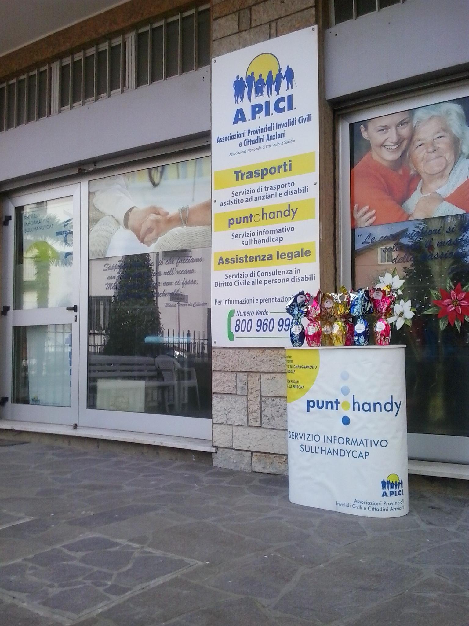 A.P.I.CI. Delegazione Rimini e Rimini calcio insieme per aiutare persone disabili e anziane.