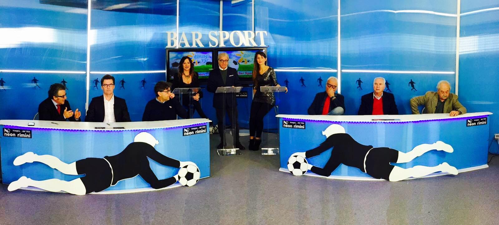 """Questa sera ore 20.30 su Rimini Tv - Teleromagna-sport, canale 192, """"Bar Sport"""". In studio il centrocampista del Rimini:Giacomo Gasparotto."""