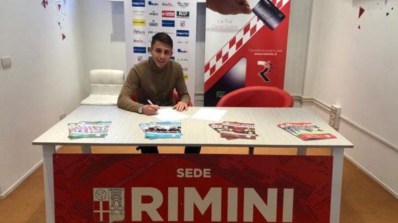 Mercato:in biancorosso di Riccardo Santovito, difensore classe '99.