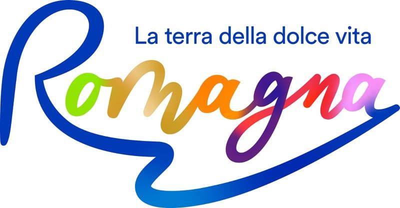 Sulle maglie ufficiali il logo di Visit Romagna.