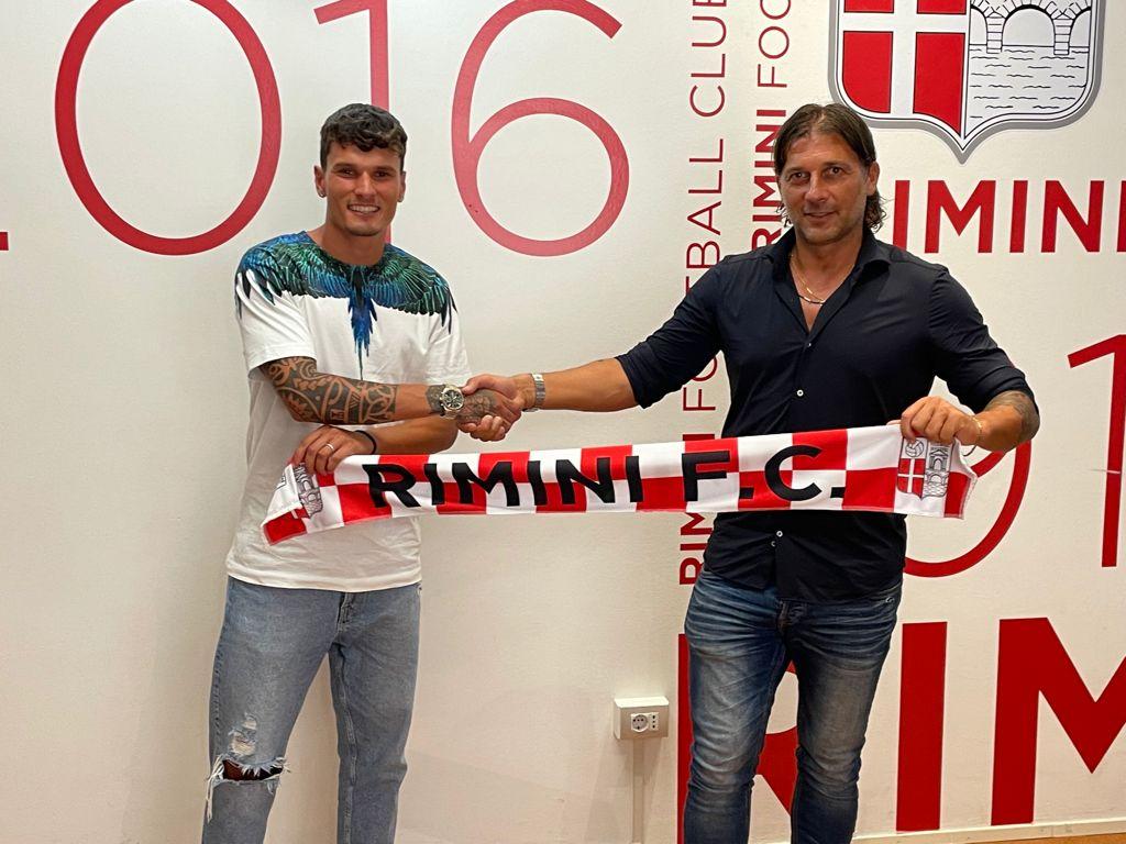 Il Rimini annuncia Antonio Ferrara.